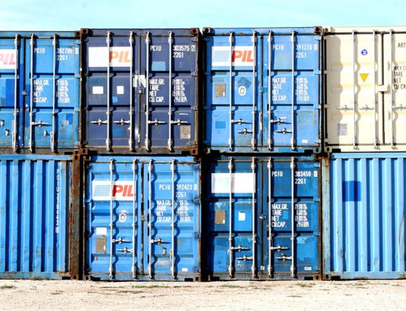 Top Uses for Dry Shipping Containers